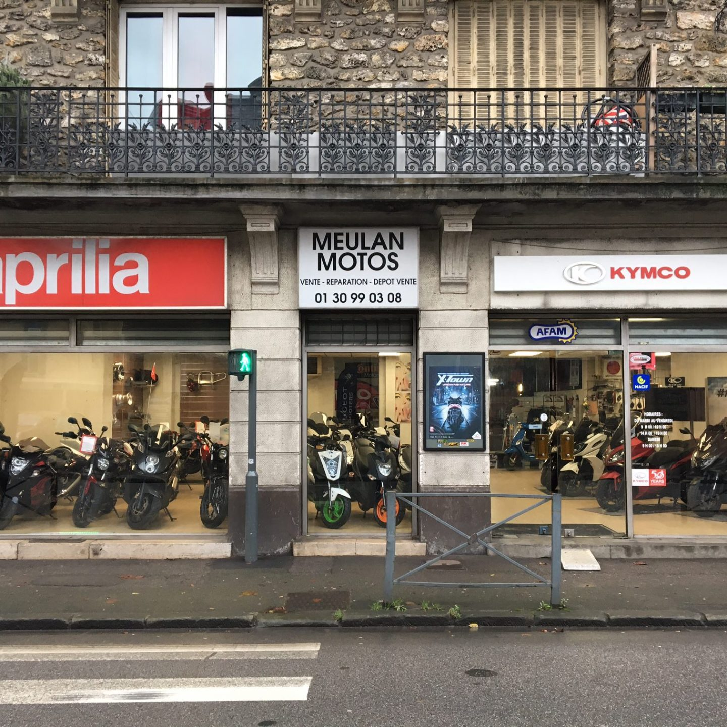 magasin de motos à Meulan